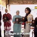 Media forum, Perempuan pejuang pendidikan