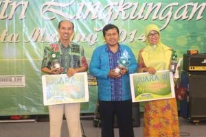 Tengah - P. Yudi Fahmin, SMAN 10 Malang - Juara 2 Lomba Sekolah Hijau Kota Malang