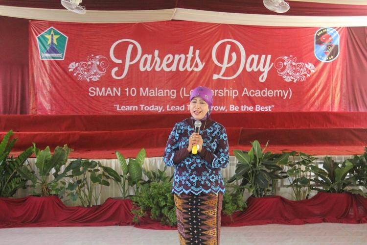 Sambutan Ibu Kepala Dinas Pendidikan Kota Malang - Dra. Zubaidah, MM