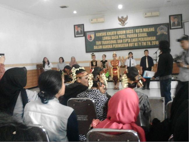 Lomba Baca Puisi HUT TNI ke-71