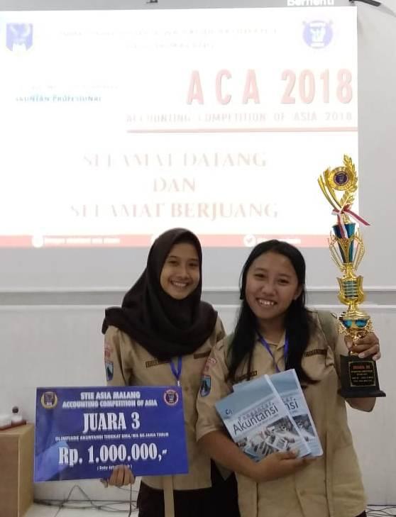 Juara 3 ACA - Melania dan Nadia Windy