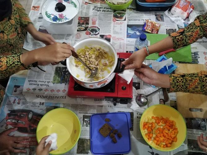 Praktik Masak Kari Jepang
